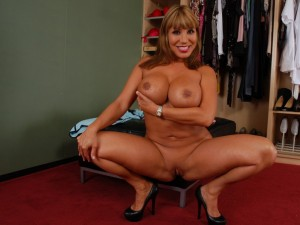 livenaughtymilf pictures